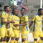 Bornwell Mwape celebrates with fellow Napsa players helping team cross over Zanaco